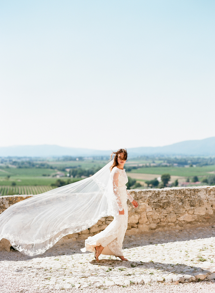 SylvieGil-0272chateau, ClairePettibone, France, Photography, Provence, romantique, Wedding